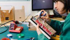 Digitale Denkwerkstätten und Telefone mit Emotion